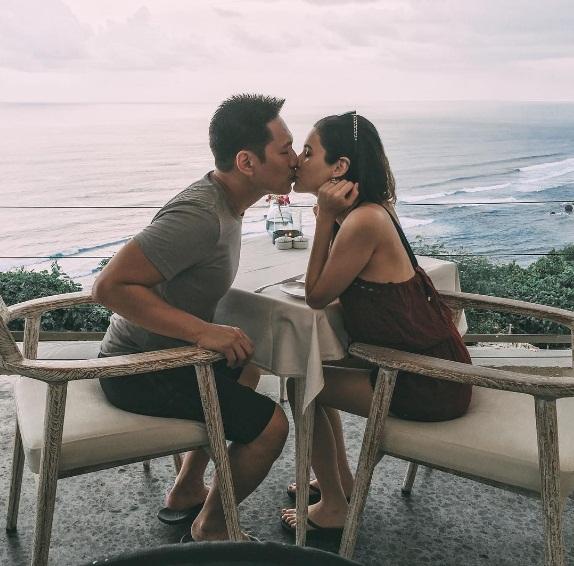 Bí quyết độc của những cặp vợ chồng tiền tỷ càng yêu lâu càng say đắm nhau - Ảnh 26.