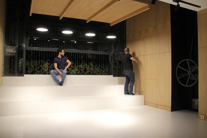 Căn hộ 45m² cực ấn tượng với giường treo và hệ tủ âm tường biến hóa khôn lường - Ảnh 18.