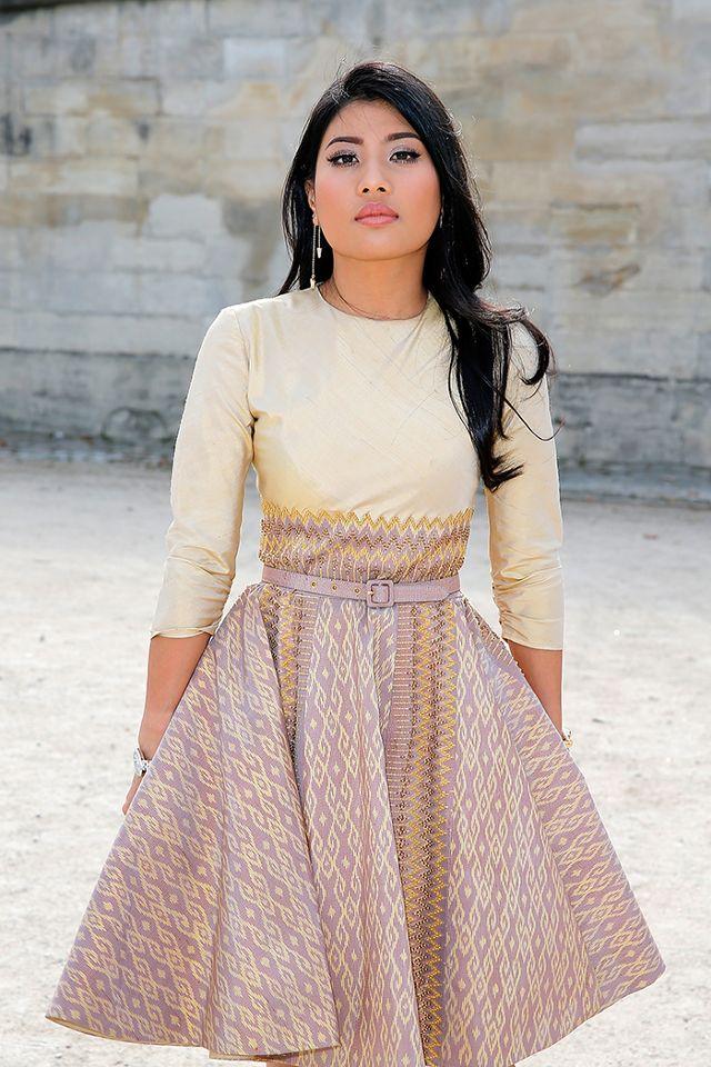Không quá xinh cũng chẳng quá cao, công chúa Thái Lan vẫn tự tin trở thành biểu tượng thời trang nhờ vào gu mặc đẹp - Ảnh 1.