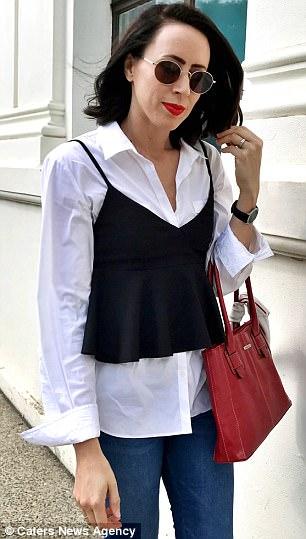 Mặc đẹp và chất thế này, chẳng ai nghĩ đồ của cô toàn bộ đều là đồ cũ có giá chưa tới 90 nghìn - Ảnh 6.