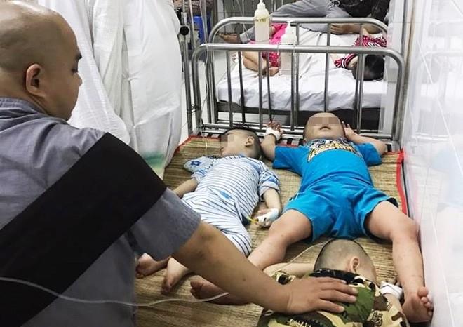 Hiện vẫn còn 10 trẻ đang được điều trị tại BV đa khoa Nguyễn Đình Chiểu.