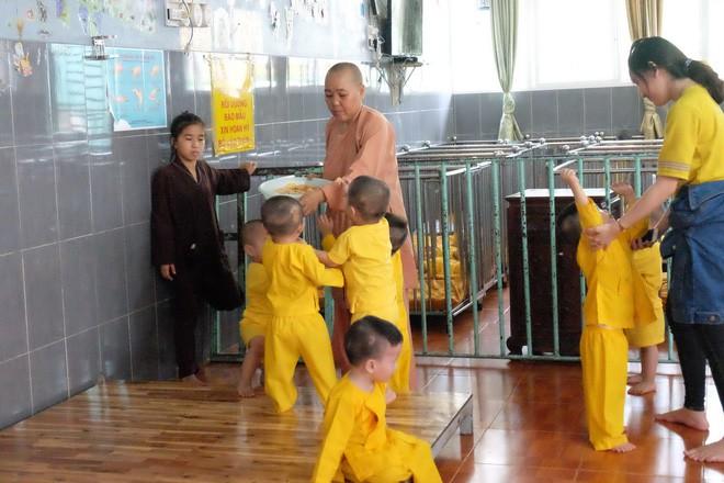 Mái ấm Đức Quang đang cưu mang cho hơn 100 trẻ có hoàn cảnh bất hạnh, mồ côi, bị bỏ rơi.