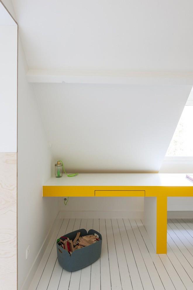 Với phòng ngủ nhỏ mà có võ thế này, bố mẹ hoàn toàn có thể yên tâm về nơi ngủ, chỗ chơi cho trẻ - Ảnh 6.