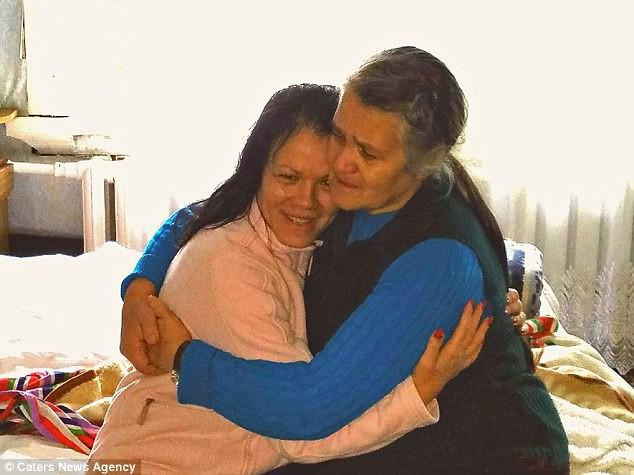 Bỏ qua lời dị nghị của hàng xóm, 39 năm sau cặp vợ chồng mới phát hiện sự thật đau lòng về cô con gái - ảnh 5
