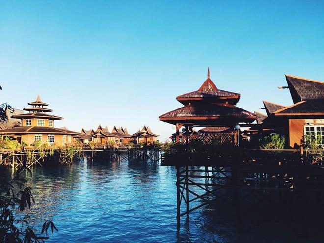 Cô gái Việt đến đảo thiên đường Sipadan bơi cùng cá mập, ở resort hạng sang, ăn buffet xả láng cả tuần với 12 triệu - Ảnh 6.