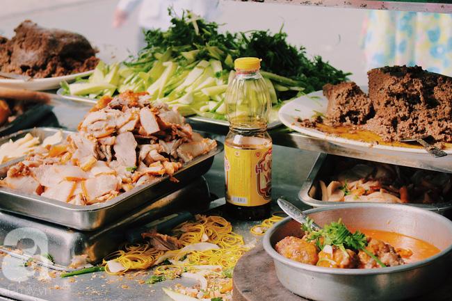 Bánh mì Bảy Hổ, gần 80 năm thương hiệu, nức tiếng ngon ở Sài Gòn mà giá rẻ rề. (Ảnh: Min)