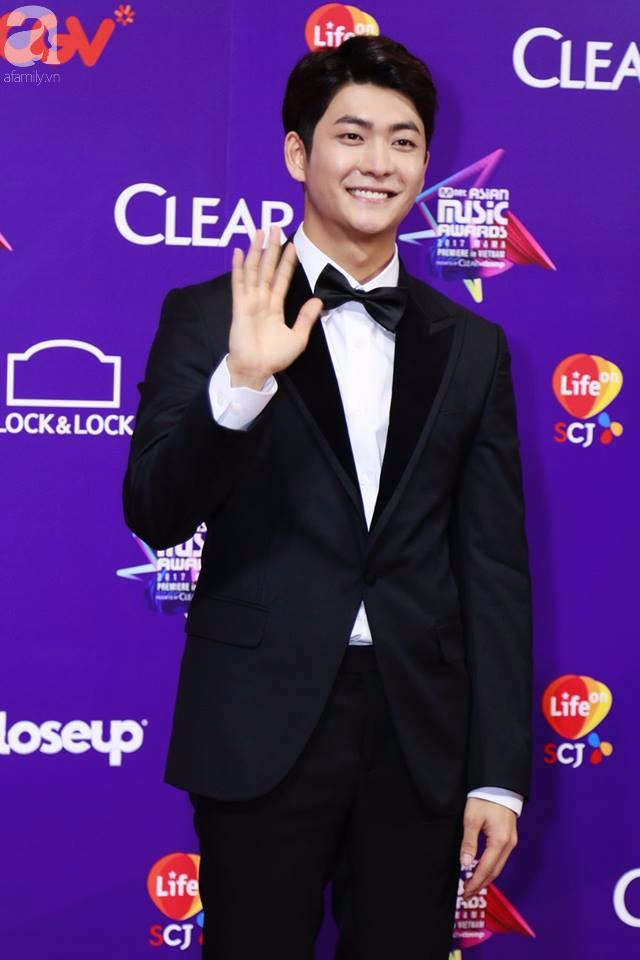Kang Tae Oh gây thương nhớ vì quá đẹp trai, Angela Phương Trinh quét sạch thảm đỏ khi diện váy công chúa - Ảnh 12.