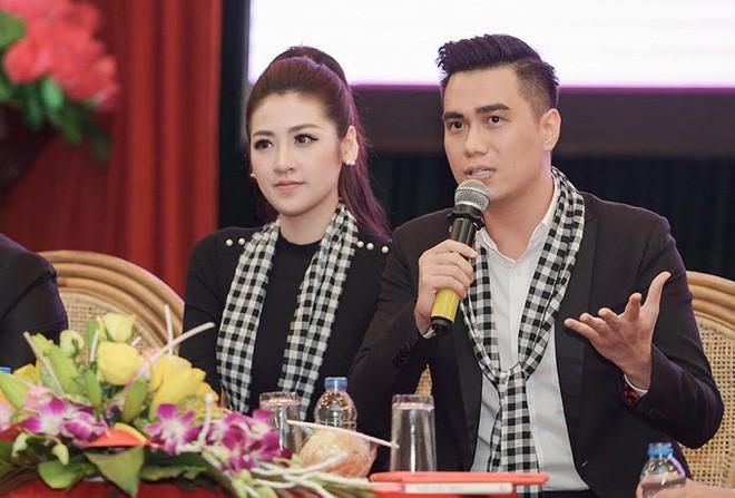 Việt Anh nói về việc phun thêu lông mày: Các bạn trẻ dù là nam hay nữ cũng dần có ý thức về vẻ ngoài, vậy thì tôi với tư cách là nghệ sĩ lại càng phải nghiêm túc - Ảnh 2.