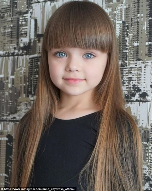 Sự thật đáng buồn phía sau danh xưng Cô bé xinh đẹp nhất thế giới của siêu mẫu nhí người Nga - Ảnh 2.