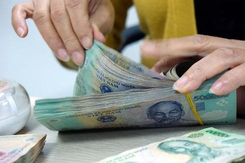 Lương, thưởng dịp Tết Dương lịch như thế nào là vấn đề được nhiều người lao động quan tâm.