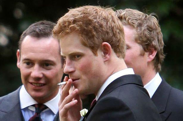 Vì vị hôn thê tương lai, Hoàng tử Harry đã quyết định từ bỏ thói quen không lành mạnh này - Ảnh 2.