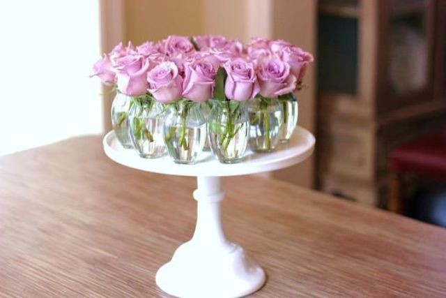 Những cách cắm hoa đơn giản giúp căn nhà từ buồn tẻ trở nên vô cùng sinh động - Ảnh 1.