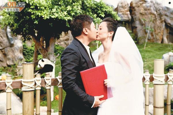 """Thang Doanh Doanh: """"Hồ ly chúa"""" vạn người ghét bỏ của TVB không ngờ lại có cuộc sống vạn người mê đến thế này - Ảnh 7."""