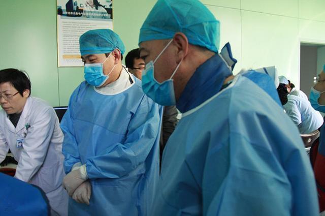 Cô gái trẻ bị ung thư giai đoạn cuối, bác sĩ nói điều mà bất kỳ ai cũng phải giật mình - Ảnh 2.