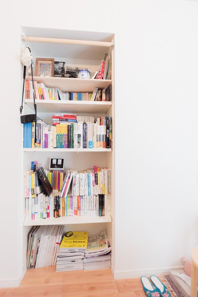 Căn hộ tí hon chưa đầy 20m² vừa đẹp, vừa gọn dù nhiều đồ nhờ sự bố trí nội thất rất thông minh của nữ nhiếp ảnh trẻ - Ảnh 7.