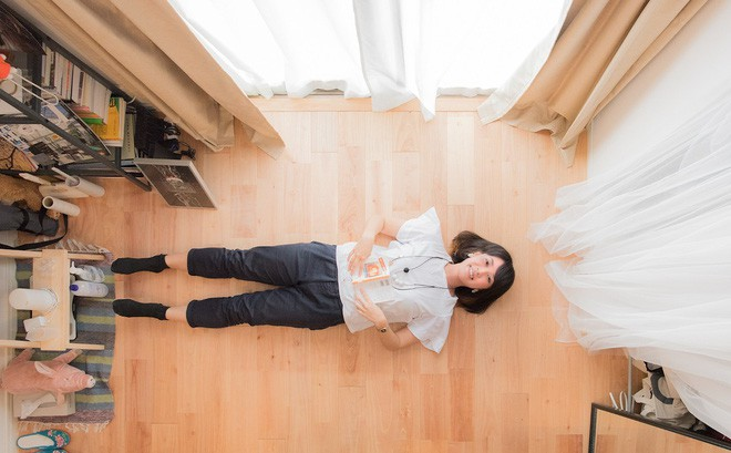 Căn hộ tí hon chưa đầy 20m² vừa đẹp, vừa gọn dù nhiều đồ nhờ sự bố trí nội thất rất thông minh của nữ nhiếp ảnh trẻ - Ảnh 13.