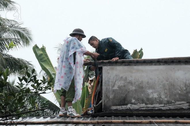 Bệnh viện ở Sài Gòn tặng 100 triệu đồng tiền thưởng ghép thận cho bà con vùng bão Tembin - Ảnh 3.