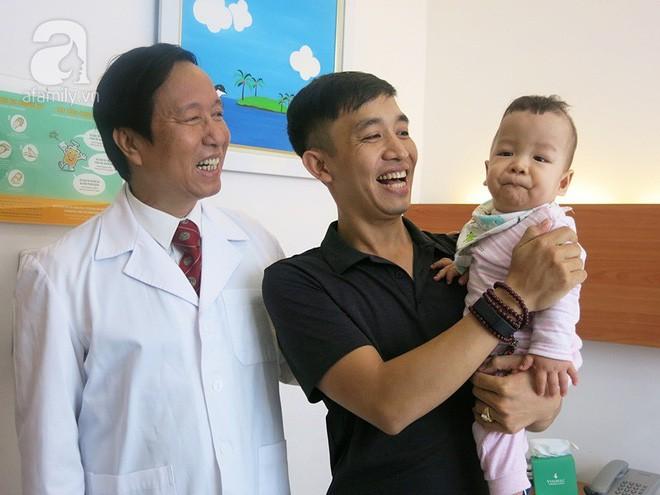 Bé sinh non bị xơ phổi rất nặng, cha vượt nghìn cây số đưa con đi ghép tế bào gốc và điều kỳ diệu xuất hiện - Ảnh 4.