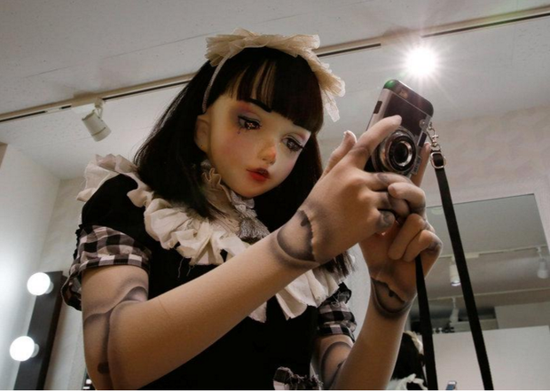 Chân dung búp bê sống tại Nhật Bản: Khi ranh giới giữa người và búp bê gần như bị xóa nhòa - ảnh 11