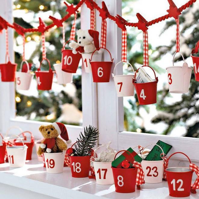 Mang không khí Giáng sinh đến từng khung cửa sổ nhà bạn với hàng loạt ý tưởng trang trí sáng tạo - Ảnh 11.