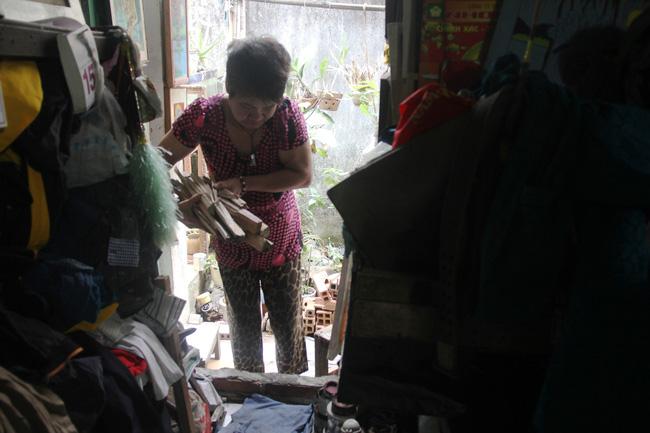 Cảnh đời nghèo mà vui của gia đình chồng vẽ tranh, vợ bán ve chai: Cứ vô tư mà sống, khổ cũng không buồn! - Ảnh 13.