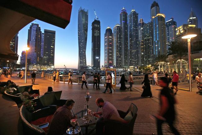 Cuộc sống ở Dubai - một trong những thành phố phát triển nhanh nhất TG - Ảnh 12.