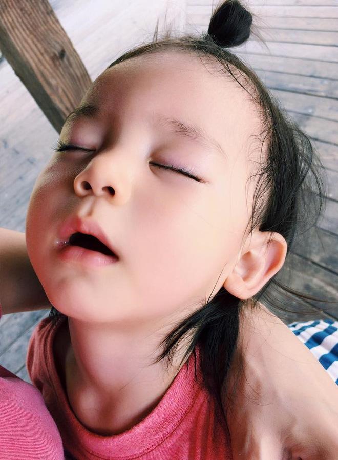 Nhóc tì Nhật Bản siêu cấp đáng yêu, mới 2 tuổi đã có 80k lượt theo dõi - Ảnh 12.