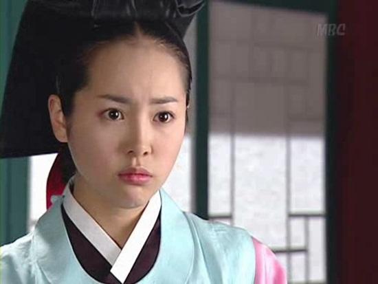 Dàn sao Nàng Dae Jang Geum sau 14 năm: Người vai chính viên mãn, kẻ vai phụ lận đận chưa thể tỏa sáng - Ảnh 12.