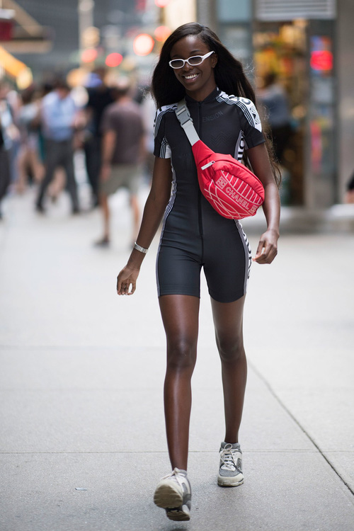 Dàn mẫu casting Victorias Secret: mặc đẹp đã đành, nhìn cơ bụng lại càng phải xuýt xoa - Ảnh 13.
