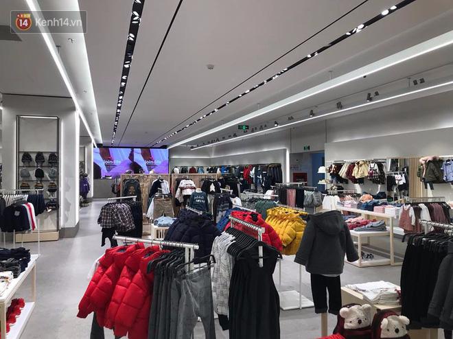 HOT: Tận mặt ngắm trọn 3 tầng của store Zara Hà Nội, to và sáng nhất phố Bà Triệu - Ảnh 13.