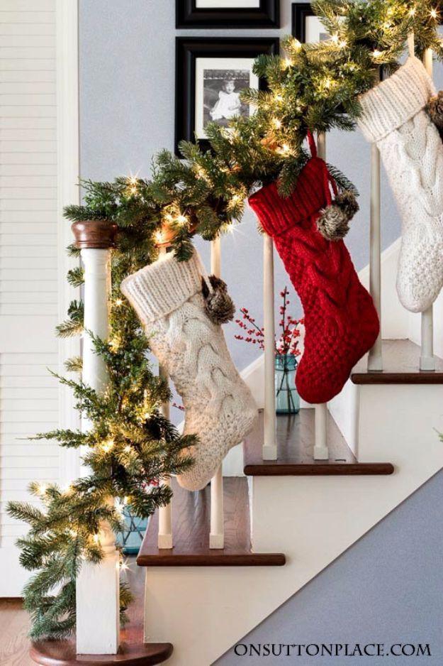 Ý tưởng trang trí cầu thang đơn giản mà lung linh để đón Giáng sinh đang tới gần - Ảnh 13.