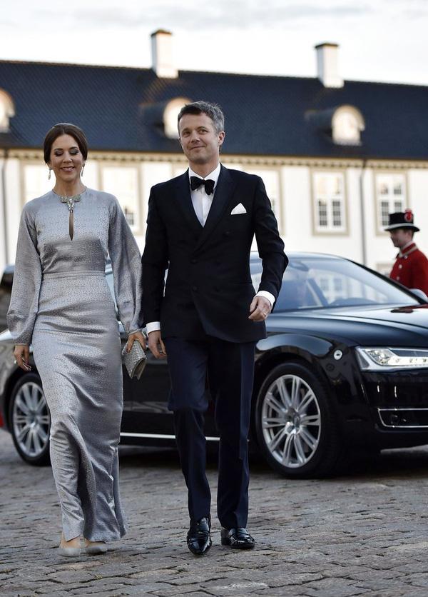 Có một vị công nương còn mặc đẹp hơn cả Kate Middleton - Ảnh 16.