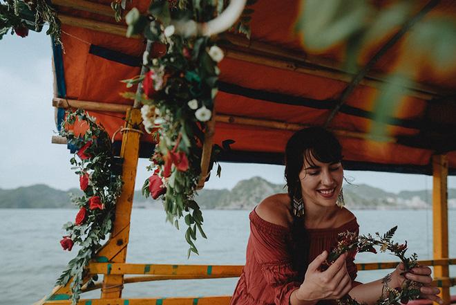 Đám cưới bí mật đẹp như mơ có 1-0-2 của cặp đôi Tây bỏ trốn trên đảo Cát Bà - Ảnh 11.