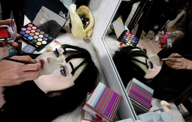 Chân dung búp bê sống tại Nhật Bản: Khi ranh giới giữa người và búp bê gần như bị xóa nhòa - ảnh 14
