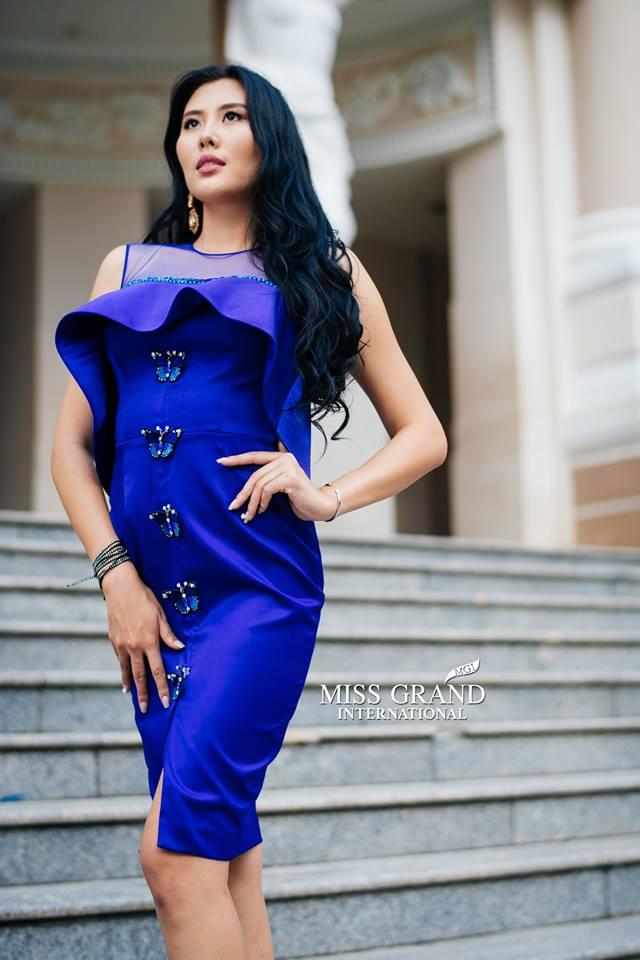 Lỗi thời trang của dàn thí sinh Miss Grand International: Người khoe hai lưng, người diện đầm như đồ cũ 10 năm trước - Ảnh 14.