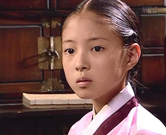 Dàn sao Nàng Dae Jang Geum sau 14 năm: Người vai chính viên mãn, kẻ vai phụ lận đận chưa thể tỏa sáng - Ảnh 14.