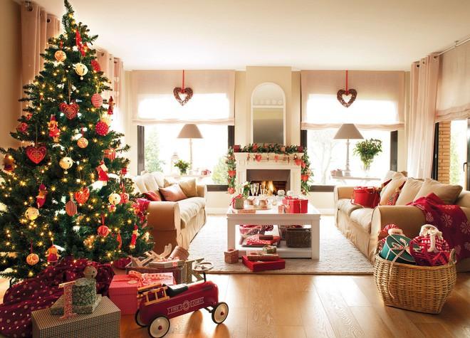 Những kiểu trang trí phòng khách đậm chất Giáng sinh nhìn đã thấy an lành - Ảnh 13.