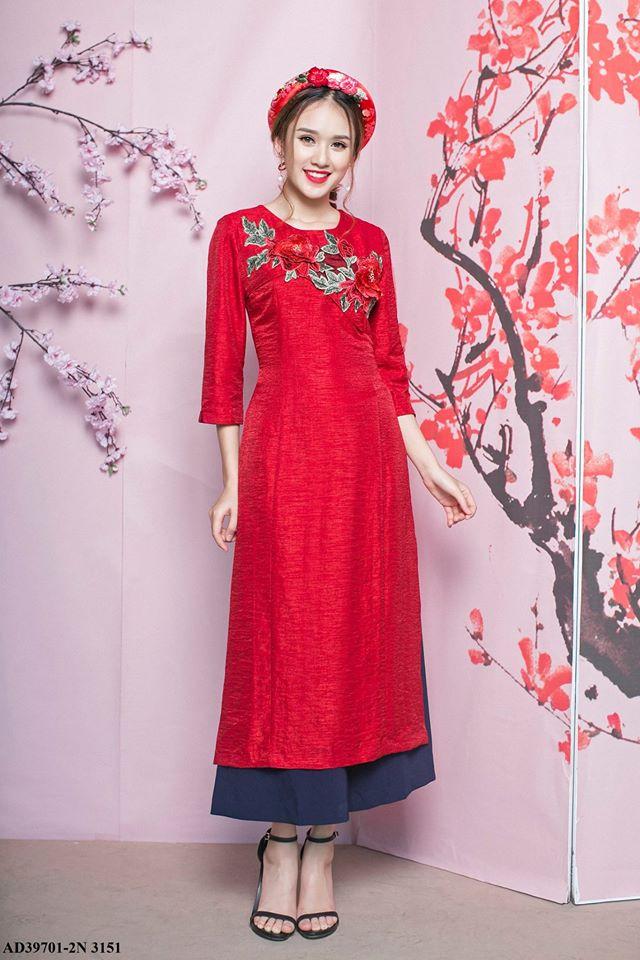 Những thiết kế áo dài cách tân thuần Việt giá dưới 1.5 triệu đẹp lung linh cho nàng diện Tết - Ảnh 5.