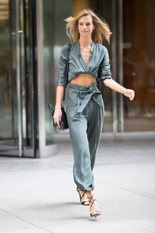 Dàn mẫu casting Victorias Secret: mặc đẹp đã đành, nhìn cơ bụng lại càng phải xuýt xoa - Ảnh 16.