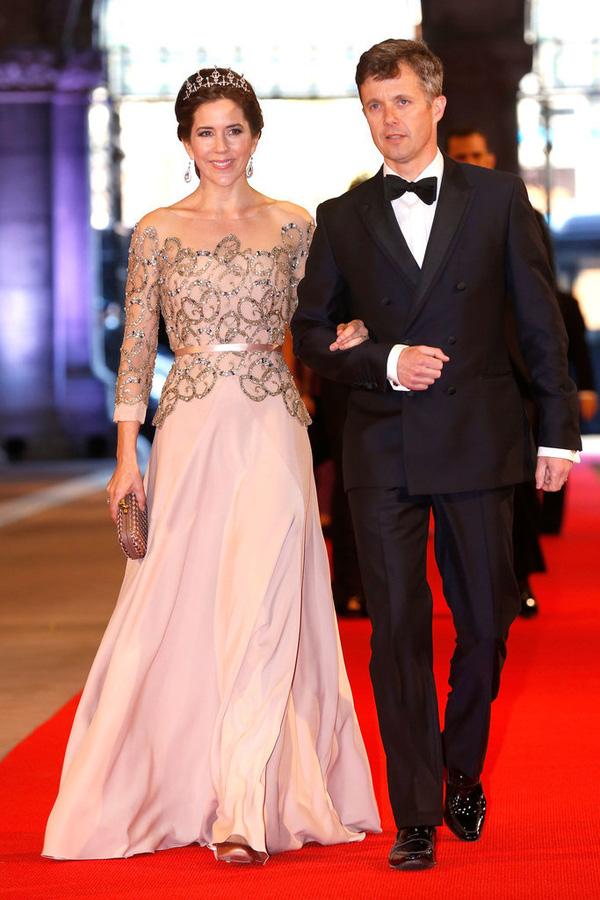 Có một vị công nương còn mặc đẹp hơn cả Kate Middleton - Ảnh 20.
