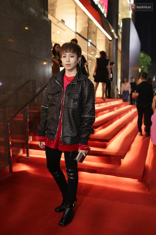 Angela Phương Trinh & Chi Pu quá đỗi sành điệu, công phá thảm đỏ sự kiện ra mắt H&M Việt Nam - Ảnh 20.