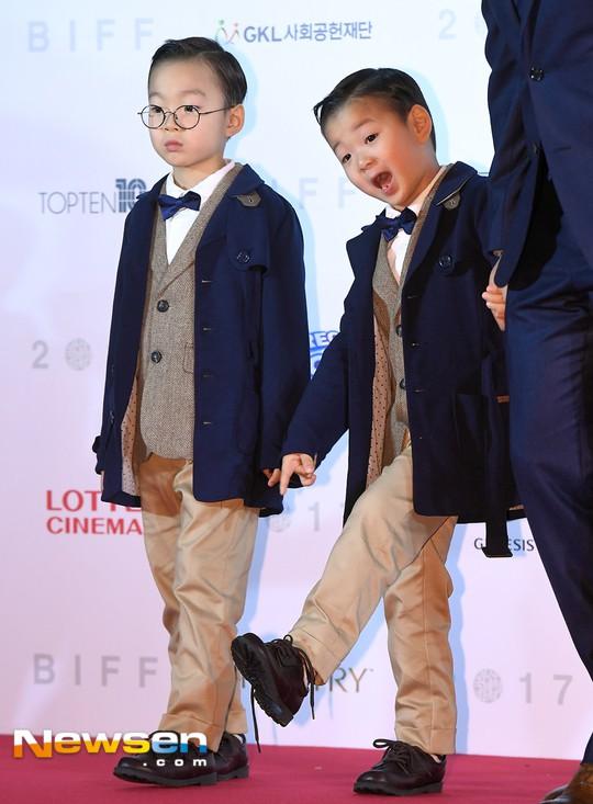 """Đâu kém cạnh bố mẹ là sao lớn xứ Hàn, các thiên thần nhí này cũng """"nổi như cồn"""", vang danh khắp mọi nơi - ảnh 20"""