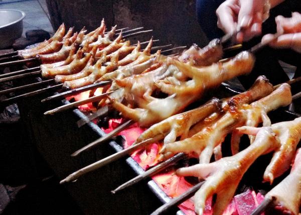 10 địa chỉ ăn vặt cực ngon ở khu Hồ Gươm để tận hưởng ngày cuối cùng của kì nghỉ - Ảnh 9.