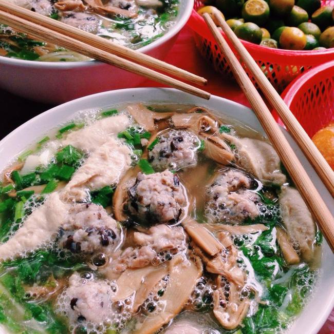 9 quán bún giá mềm cho bữa sáng ngon tuyệt ở Hà Nội - Ảnh 3.