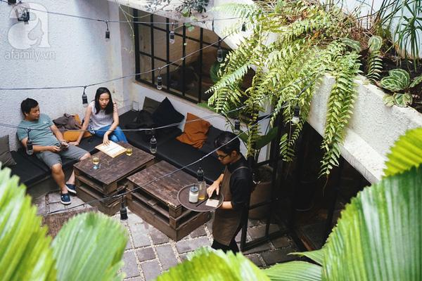 5 quán cà phê  ẩn mình trong hẻm vừa chất, vừa đẹp bất ngờ ở Sài Gòn - Ảnh 5.
