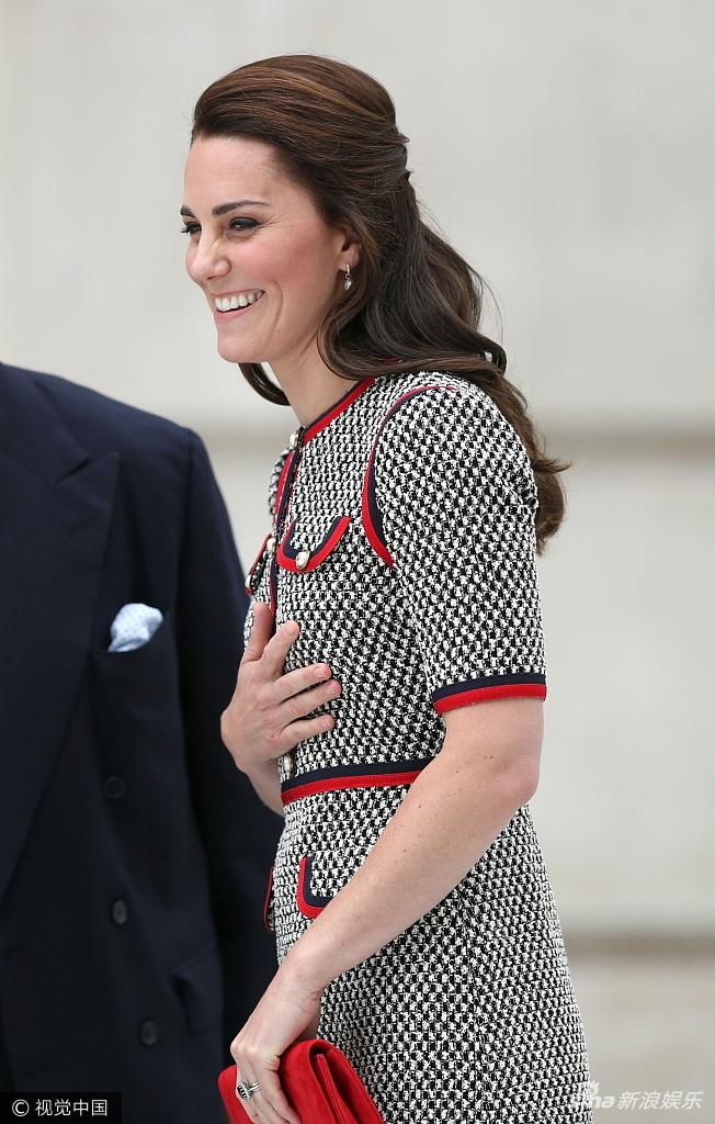 Dương Mịch đụng hàng Công nương Kate Middleton: ai xuất sắc hơn? - Ảnh 3.