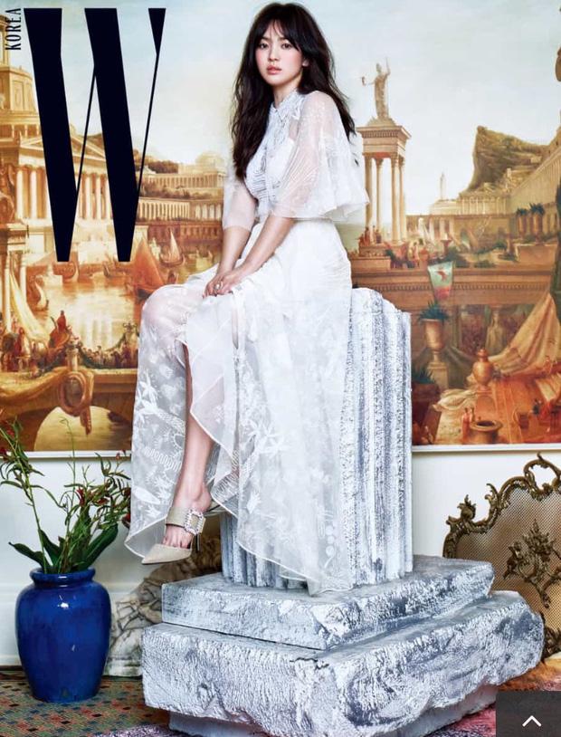 Váy cưới của các mỹ nhân đình đám xứ kim chi: người chi cả tỷ cho hàng hiệu, người diện thiết kế không tên tuổi - Ảnh 3.