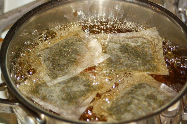7 cách sử dụng túi bã trà trong làm vườn ai không biết sẽ tiếc ngẩn ngơ - Ảnh 2.