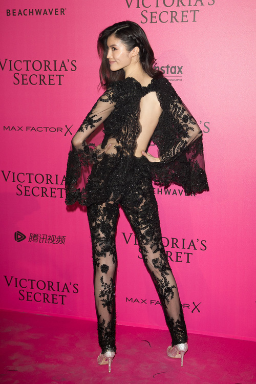 Victorias Secret Fashion Show 2017 sẽ trở thành sân nhà của 6 chân dài này đây! - Ảnh 22.