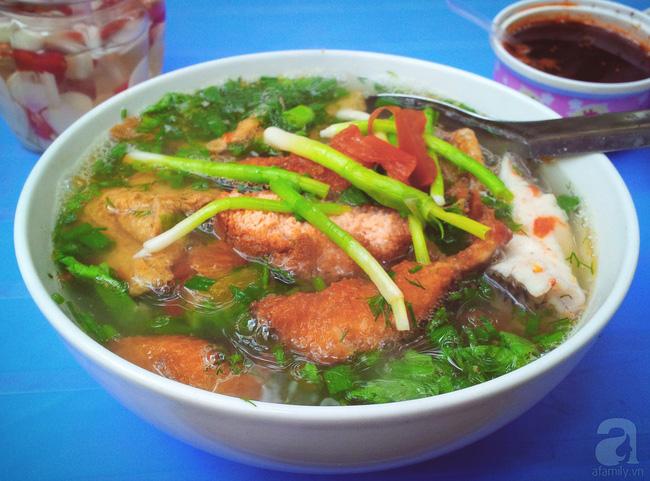 9 quán bún giá mềm cho bữa sáng ngon tuyệt ở Hà Nội - Ảnh 27.